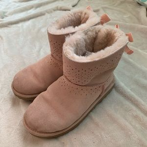 Adorable pink Ugg boots!